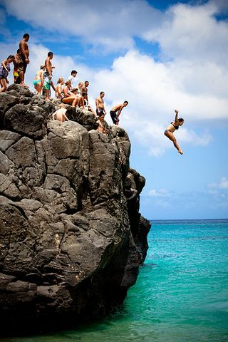 Waimea rock jumping