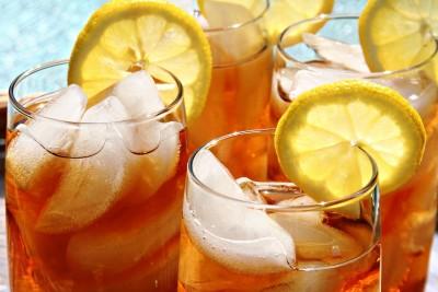 Glasses-of-iced-tea
